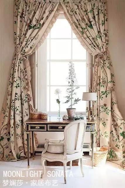 格子布面料的特点 格子布面料在窗帘中的运用
