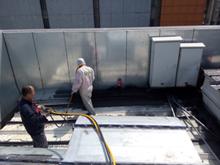 喷涂速凝橡胶沥青防水涂料 建筑防水涂料 大面积喷涂