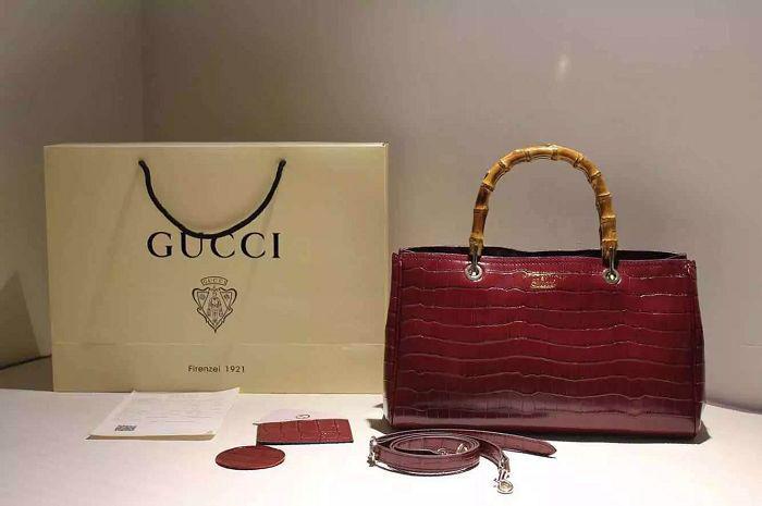包 包包 包装 包装设计 购物纸袋 挎包手袋 女包 手提包 纸袋 700_465