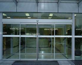 西四附近安装玻璃门更换玻璃门