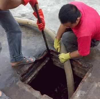 武汉新洲区清污机构环保抽粪市政管道清淤清洗82868885