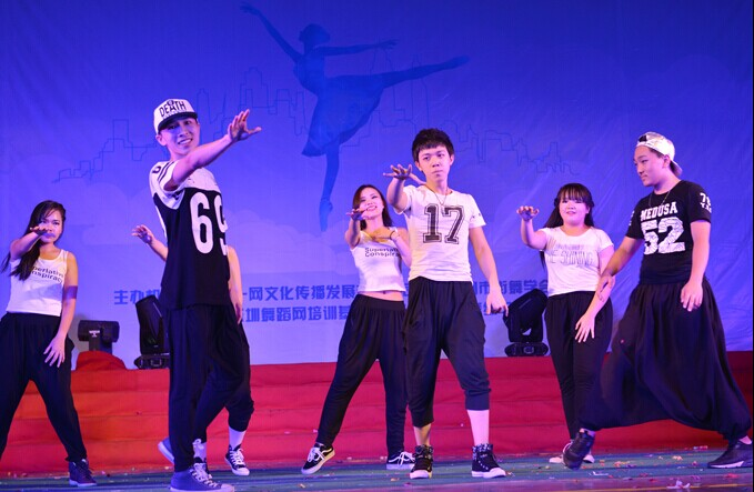 2016深圳暑期小孩街舞培训班
