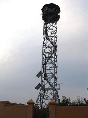 提供10-30米拉线式瞭望塔