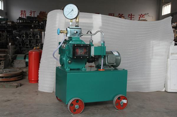 试压完毕后,打开截止阀及放水阀卸压,将工作介质放回水箱内.图片
