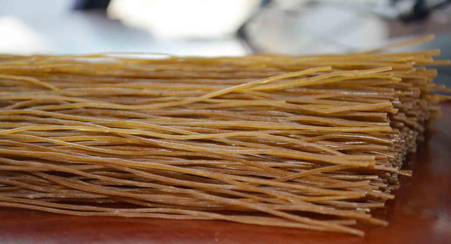 纯野生橡子粉丝 橡子粉条