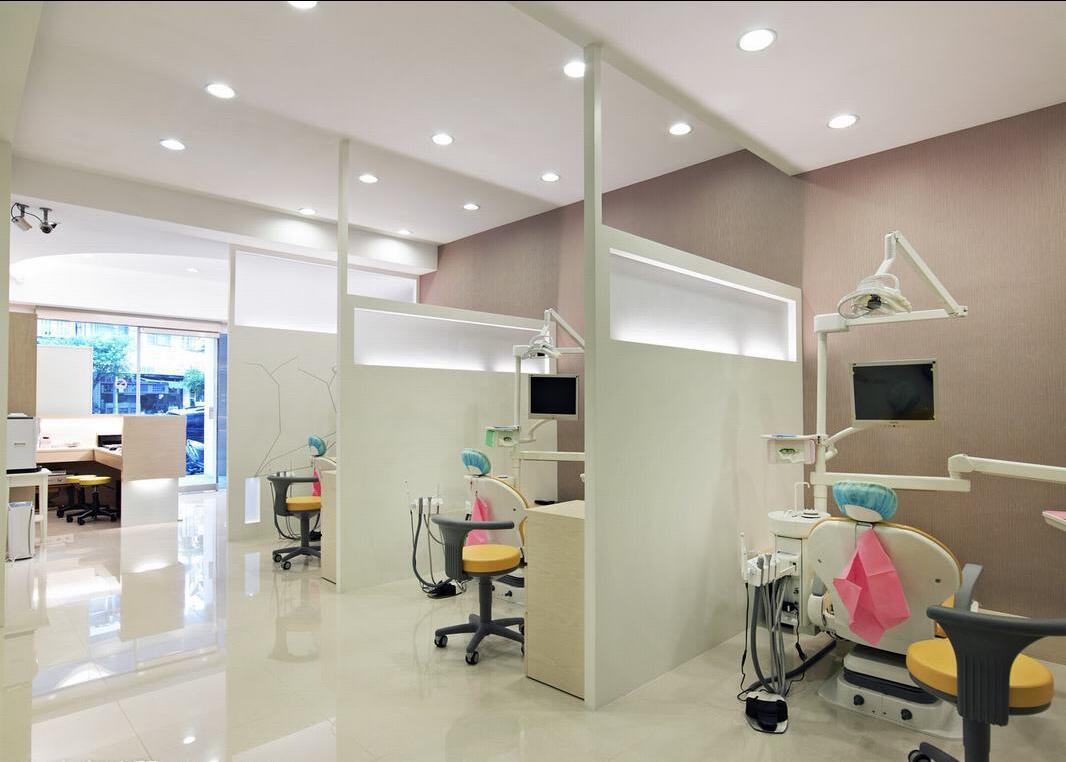 台湾风格牙科诊所装修设计图展示
