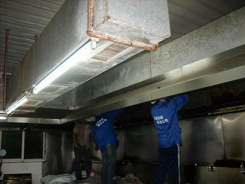 大型酒店油烟管道清洗以客户的要求和质量标准工