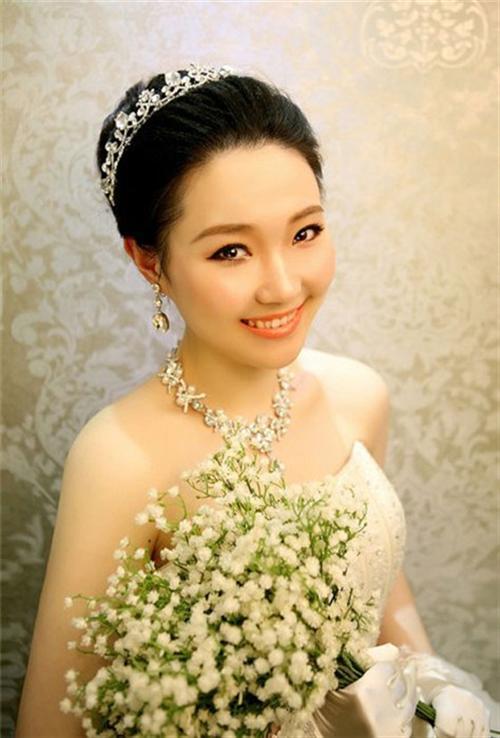 新娘早妆鲜花造型图片,渔二早妆,淇淇彩妆(查看)图片