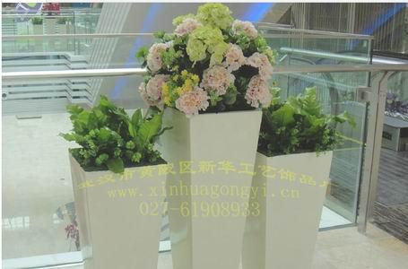 欧式彩色花盆图片