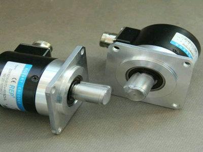 E6CP-AG5C 256P/R发电机专用欧姆龙编码器