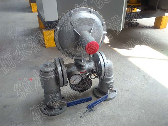 微耕机压箱结构图