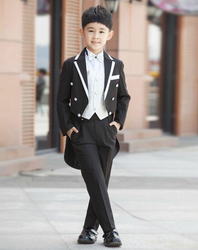 薇薇服装租赁公司时尚欧美学生装出租