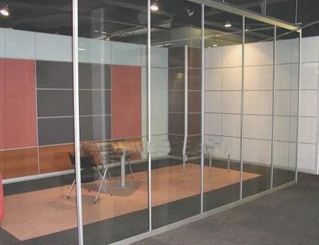 大兴区安装办公室玻璃隔断 隔断墙logo墙制作安装