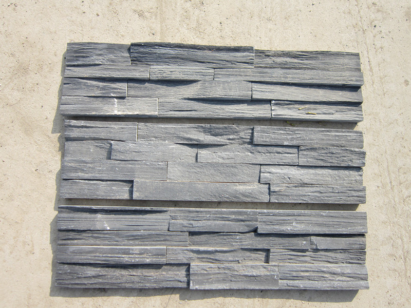 青石板厂家供应天然板岩文化石 TEL:18870245200〔青石板、蘑菇石、冰裂纹石材、天然板岩、石板瓦、板岩文化石、板岩瓦、水幕墙石材、碎拼石、 江西板岩〕青石板学名为石灰石,是水成岩中分布广泛的一种岩石,全国各地都有产出,主要成份为碳酸钙及粘土、氧化硅、氧化镁等。当氧化硅高时,青石板硬度 就高 !
