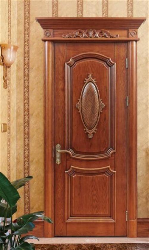生态门(免漆门):门扇边框和龙骨基材使用的是杉木或