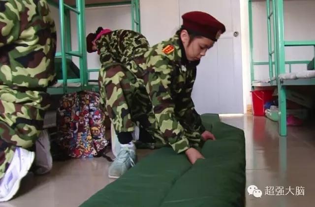 广西南宁2016军事夏令营小孩子暑假就去军旅夏令营