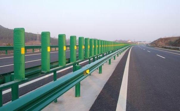 【长沙周边哪里有卖高速公路护栏板】价格