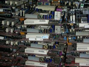 石家庄市二手通讯服务器回收,新乐,鹿泉,平山网络机柜回收