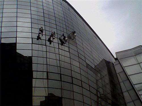 高楼外墙清洗、广州专业高楼外墙清洗、番禺区高楼外墙清洗保洁