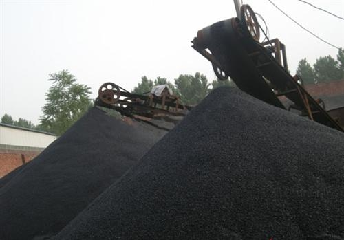 山东金刚砂耐磨材料 、金刚砂、丽装金刚砂(查看)