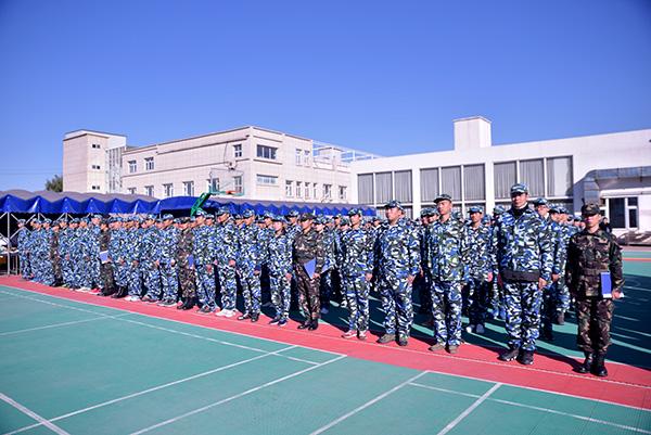 北京企业军训拓展_北京军训培训机构