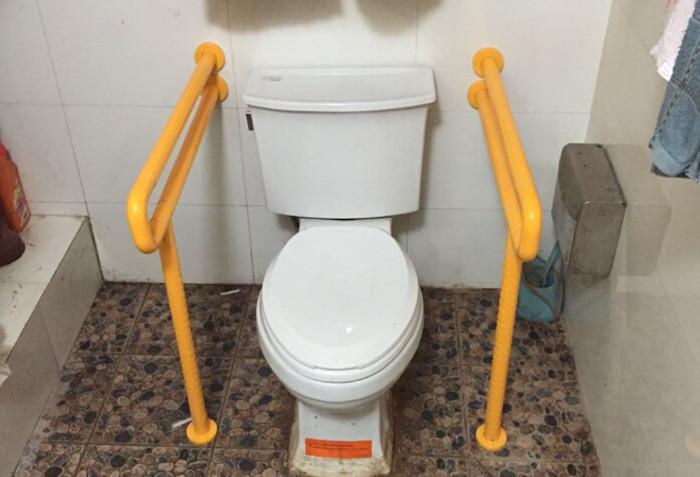 卫生间安全扶手无障碍马桶扶手老人孕妇残疾人拉手
