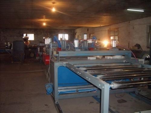 供应结皮板设备、结皮板设备、彤鑫晟塑机(图)