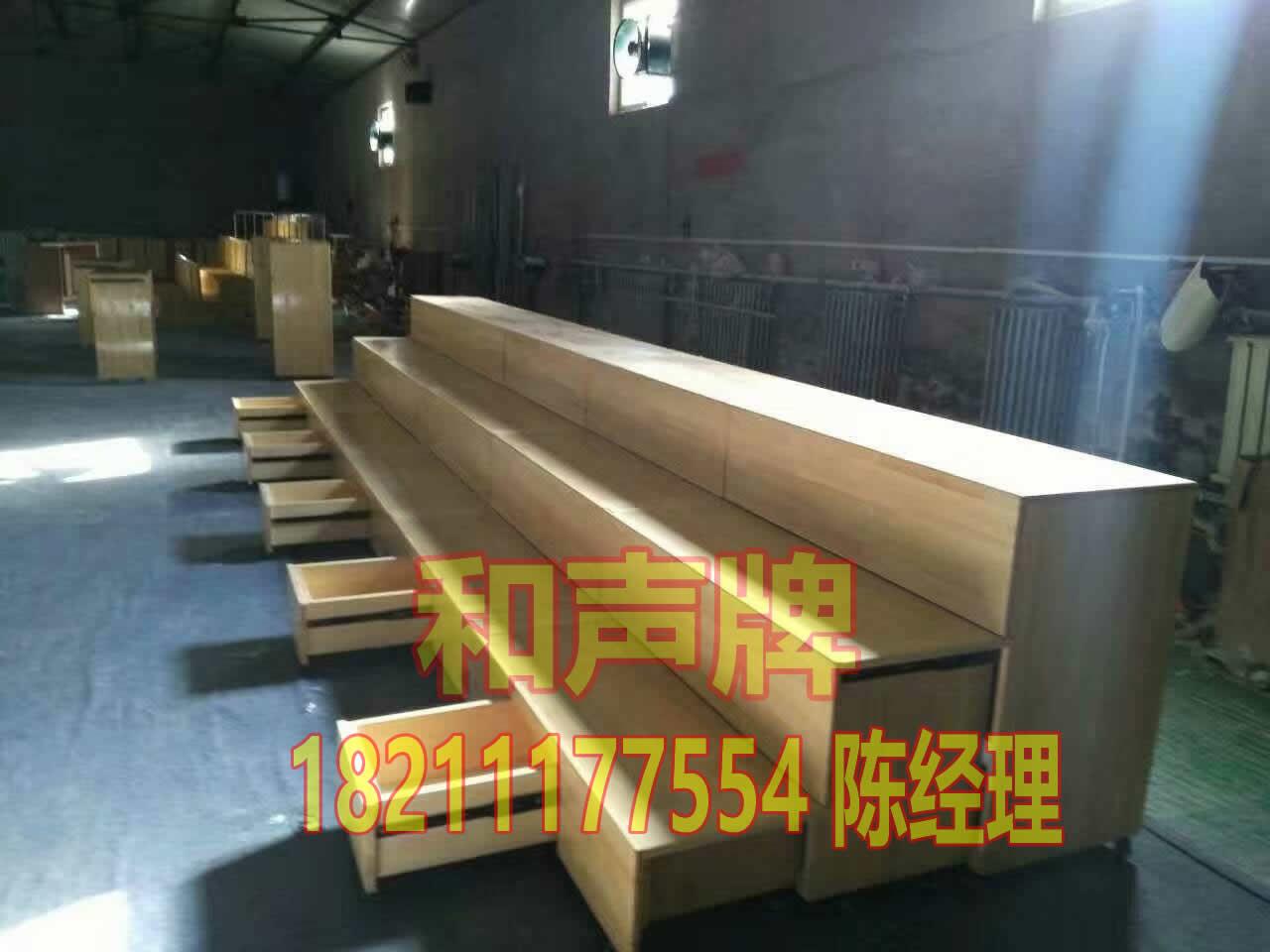 北京伸缩合唱台厂家 樟子松实木合唱台阶