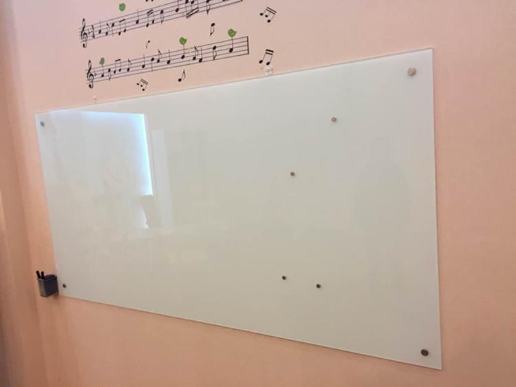 高档办公教学磁性钢化玻璃白板防爆挂式烤漆玻璃白板
