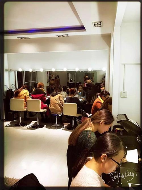 济阳化妆培训班,东景化妆学校,专业影视化妆培训班