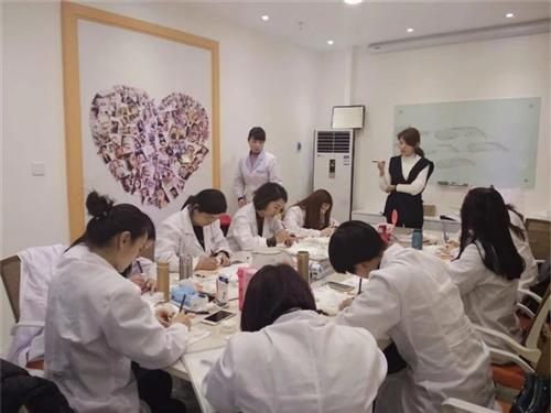 湖北韩式纹眉价格、贝尔美容、纯技术韩式纹眉价格