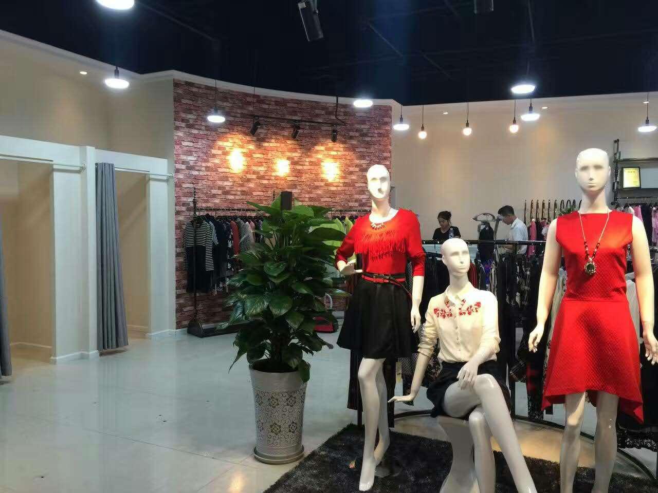 格蕾斯品牌女装折扣/薇妮兰品牌折扣加盟货源
