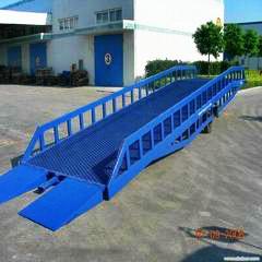 成都8吨卸货平台,成都移动登车桥