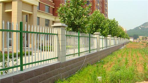 长沙围墙栏杆 围墙护栏报价 厂家宝东铁艺