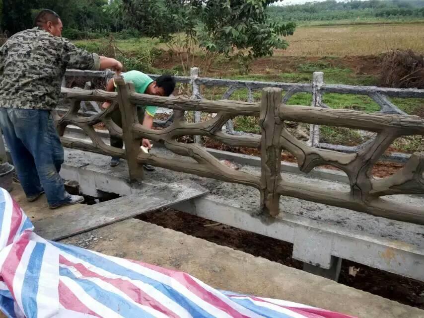 扬州仿木栏杆扬州仿木栏杆景观扬州仿木栏杆价格