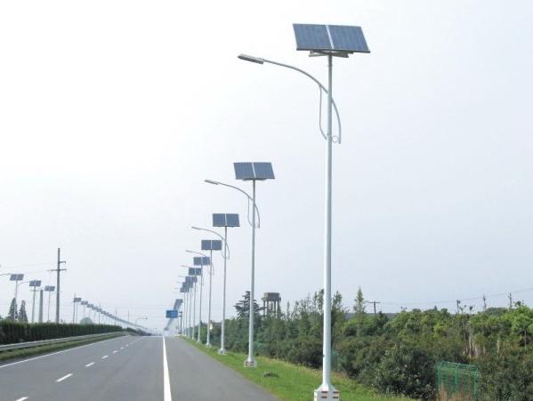 厂家直销太阳能路灯批发价格