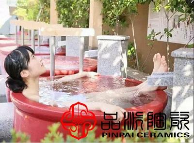 哪里可以定做大红色浴场特色泡澡缸