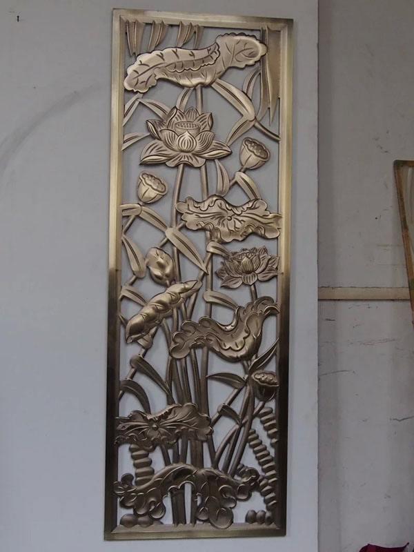 佛山众钰专业制作铝艺屏风 精美雕刻水镀金工艺