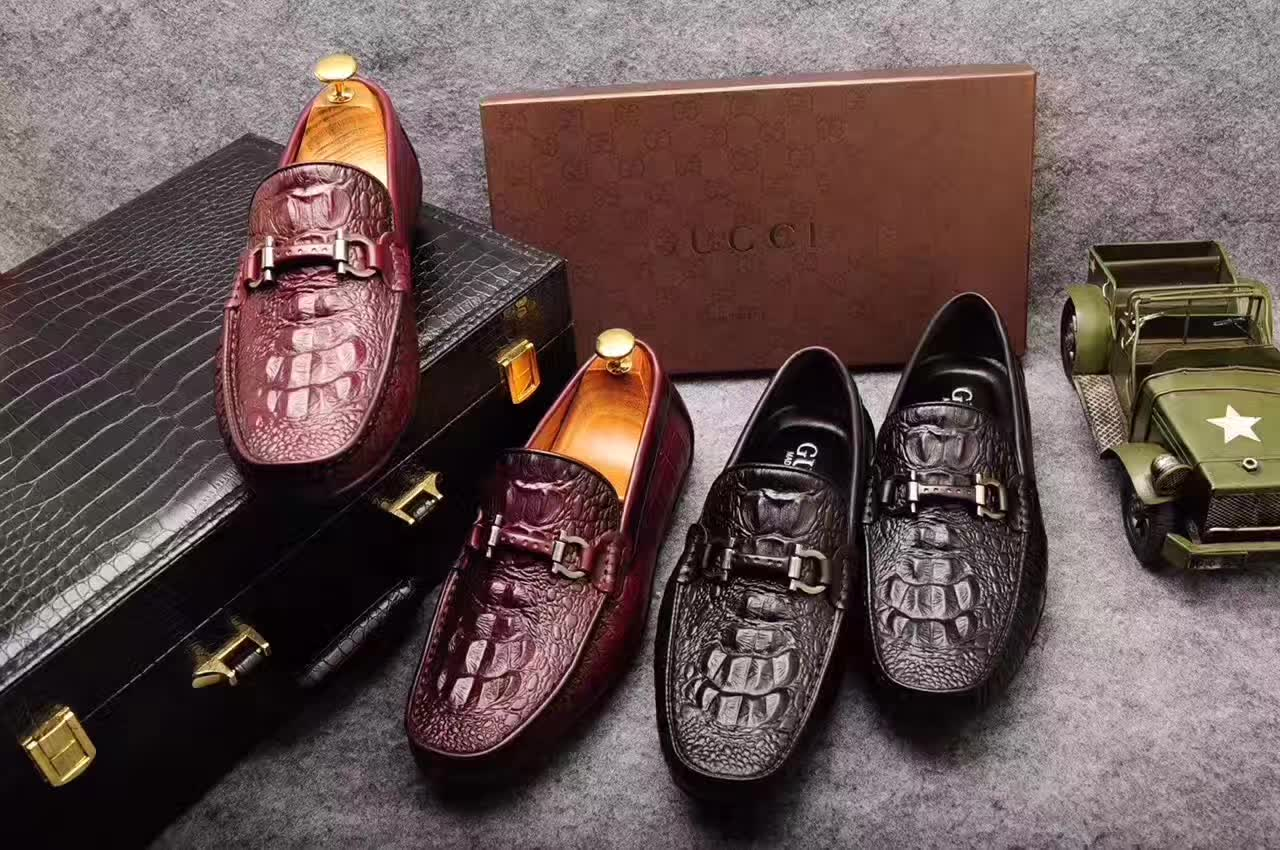 广州大牌男鞋微商招代理一件代发,皮鞋一件代发货源,男鞋微信一件代发,鞋子一件代发工厂直销