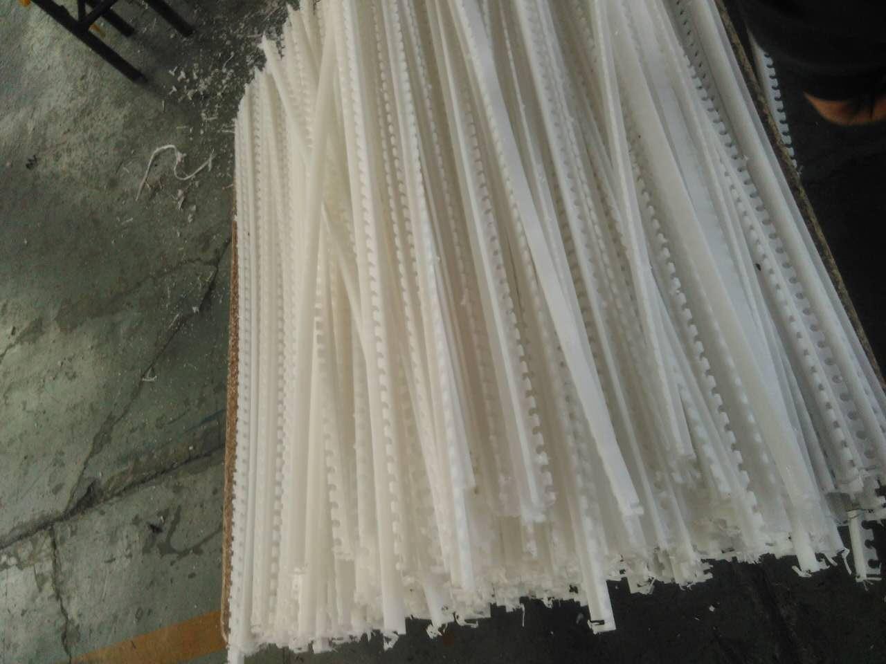 食品机械配件超高分子量聚乙烯耐磨刮板详细参数