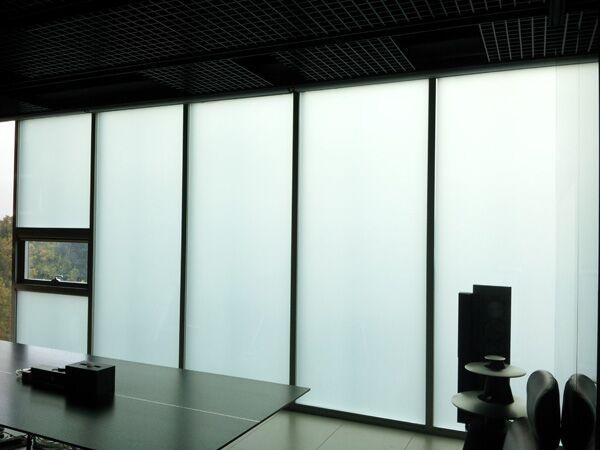 河南调光玻璃在商场的应用