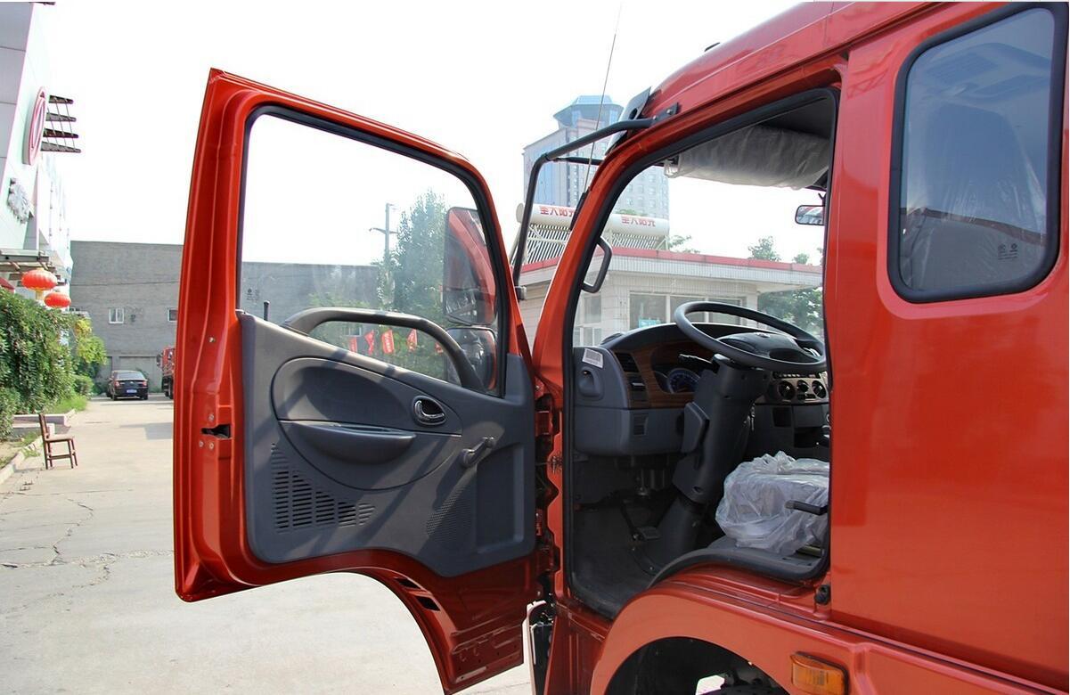 东风多利卡B07驾驶室总成及车架