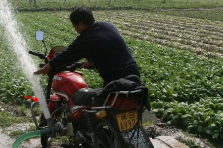 厂家直销新款摩托车水泵 园林绿化水泵 果树喷药水泵冲车洗车水泵