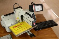 标识加工设备 进口机械雕刻机 标牌雕刻及切割