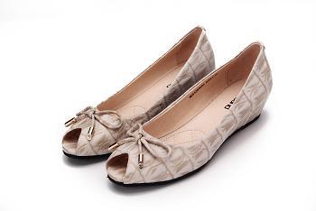 广州真皮女鞋加盟店,红砂女鞋赚钱秘诀