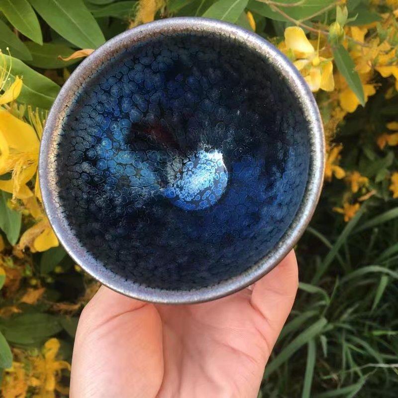 财窑建盏为什么蓝色刘学财建盏蓝色釉蓝油滴建盏好吗