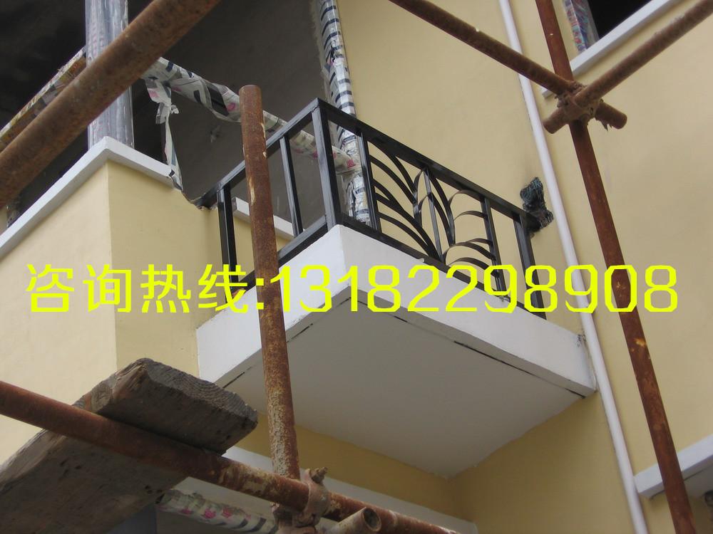 扬州镇江锻打热镀锌仿铜围栏护栏防盗窗厂