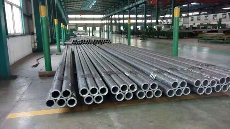 供应聊城产Q345B无缝钢管价格优惠