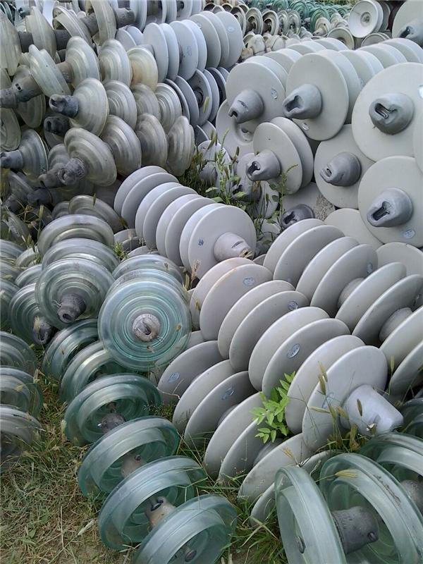 回收瓷瓶厂家高价回收线路绝缘子电瓷瓶