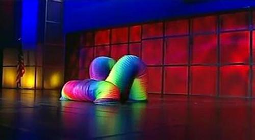 弹簧舞 水管舞 电光舞 彩虹舞道具兴恒出演